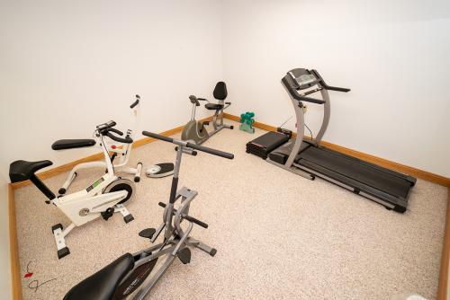 BirchHaven Village Exercise Room